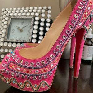 CHRISTIAN LOUBOUTIN Hot Pink Suede Bollywood